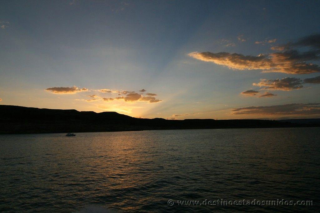 Atardecer en el lago Powell