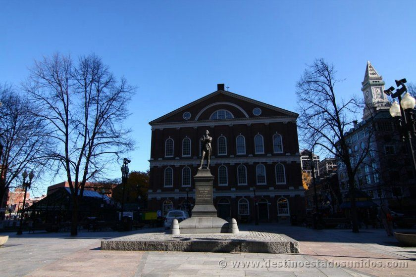 Monumento a Samuel Adams