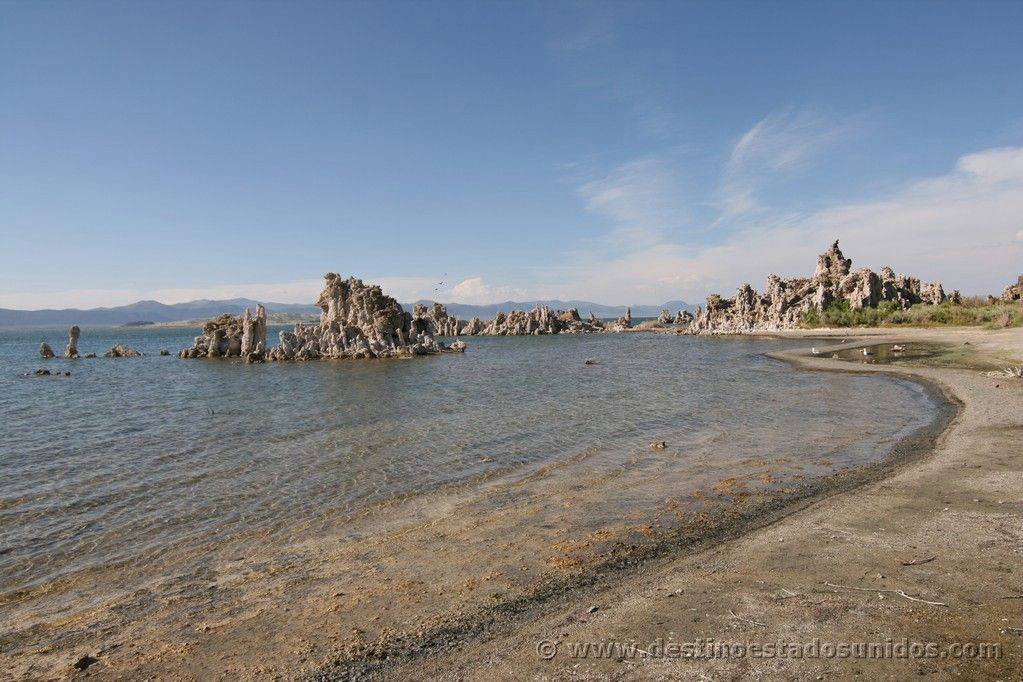 Tobas de sal en Mono Lake