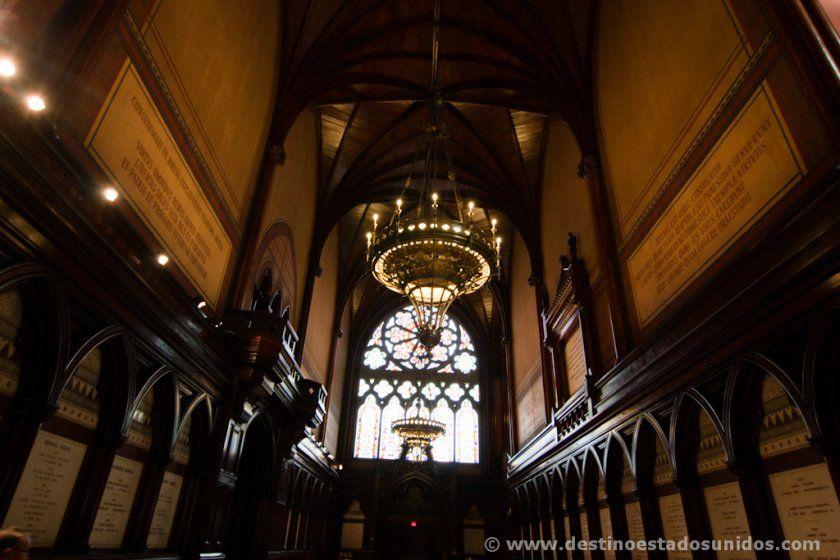 Interior de Memorial Hall