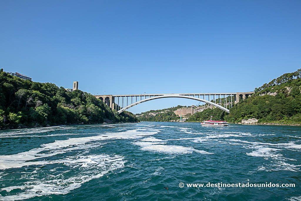 El puente que une USA con Canadá